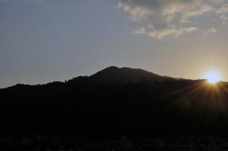 2012/11/14 07:17 ようやく、日の出